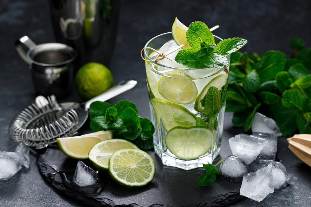 bauturi alcoolice si non-alcoolice